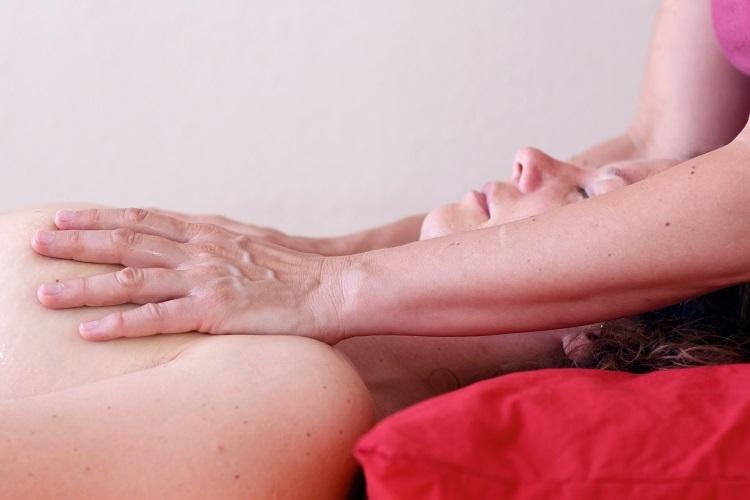 Erstellen einer Art innerer Landkarte deines Körpers durch Berührungen