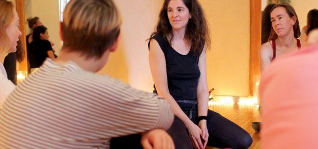 Austausch unter Frauen im Orgasmic Woman Workshop Potsdam, Berlin